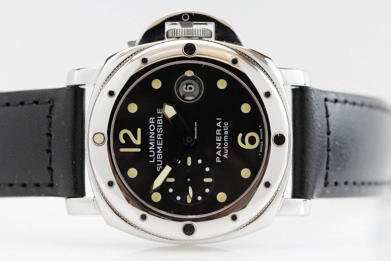 Đồng hồ Luminor Submersible